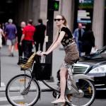 Fashionista khoe cá tính bằng xe đạp màu sắc