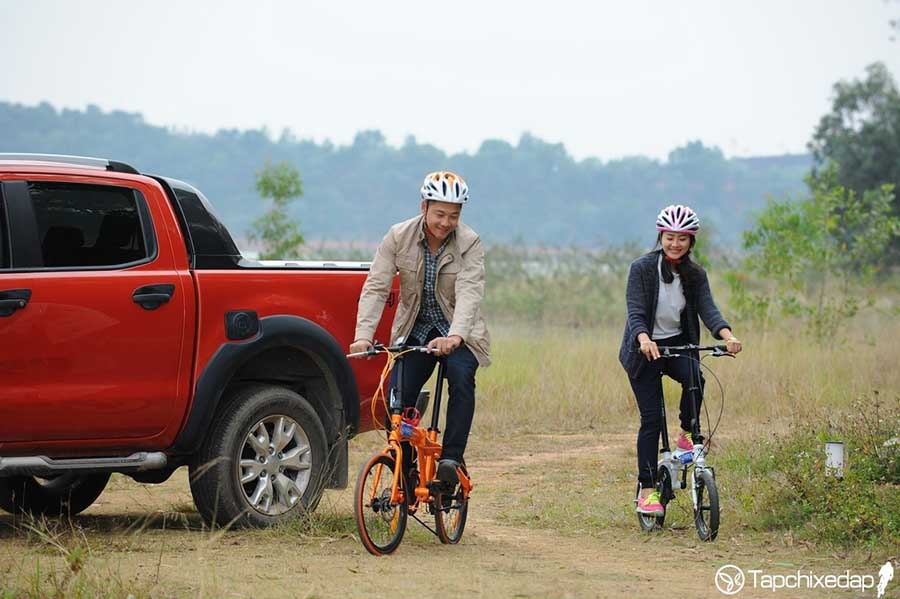 Xe đạp gấp bỏ cốp ô tô thích hợp cho đi du lịch