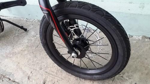 Bánh trước và sau của xe đạp gấp Java X1 7 speed