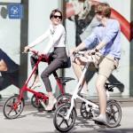 Quý cô Sang chảnh, anh chàng lịch lãm với xe đạp gấp Strida LT
