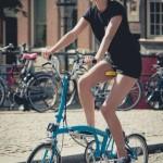 Giảm cân thần tốc nhờ đạp xe đạp gấp đúng cách mỗi ngày