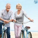 Người cao tuổi đạp xe thể dục lợi không tưởng
