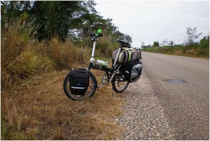 Xe đạp gấp đi du lịch